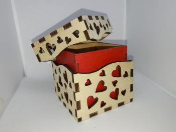Caja Corazones rojos